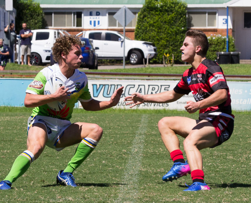 Dean Kammel (right) faces Lachlan Eveston - NSW Rugby League Junior Representative Competition | SG Ball Cup Competition [U18] | Round 5 | North Sydney Vs Canberra | TG Milner Field | 12/02/2017 | Photos by | Steve Little | www.redandblackzone.com